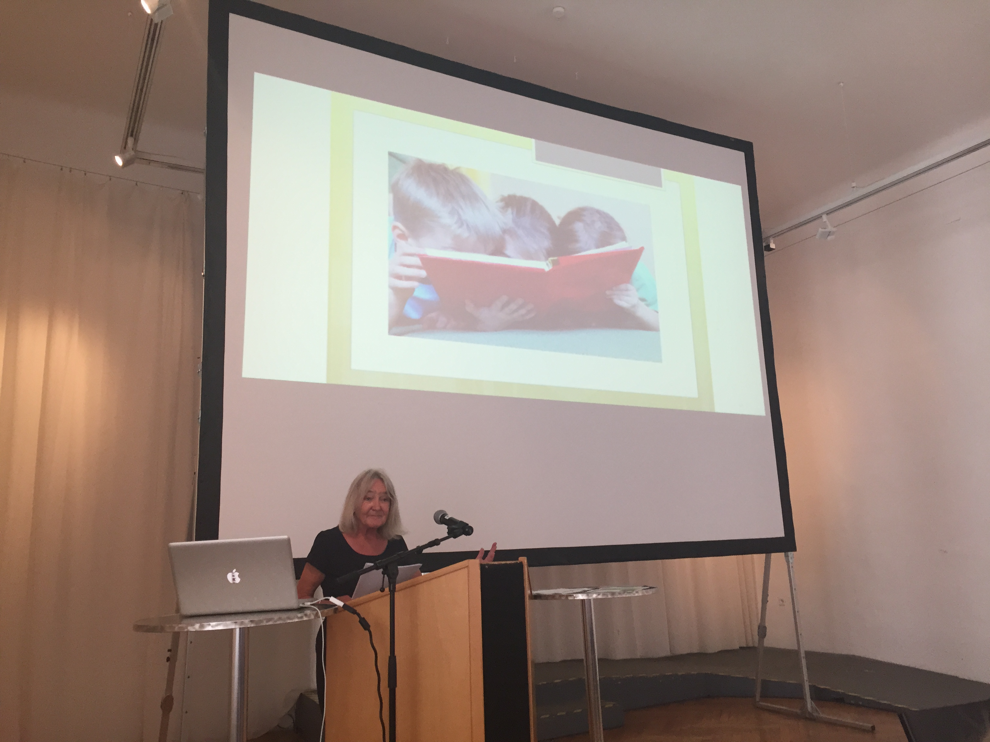 Beth Juncker on the meaning of Aesthetics in young people's meeting with art and culture