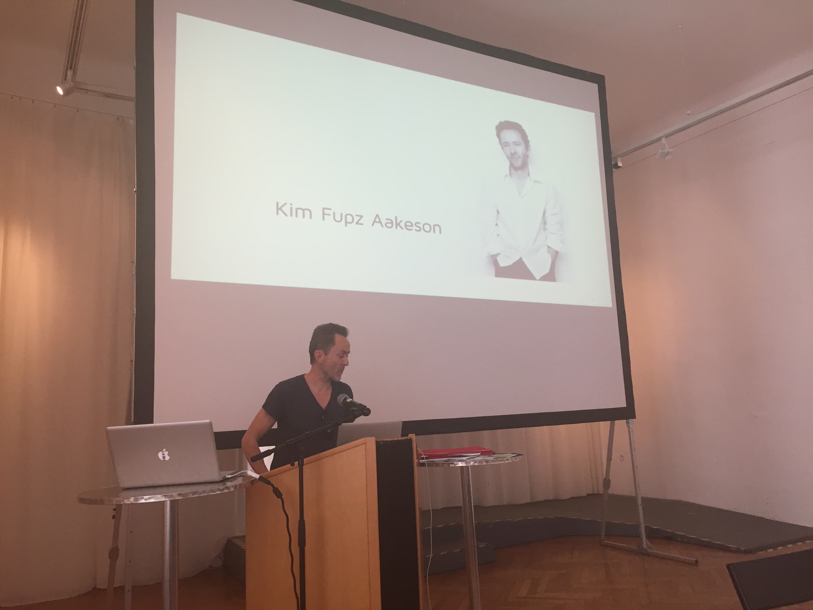 Kim Fupz Aakeson explains what makes a good story